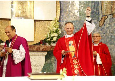 Wprowadzenie na urząd proboszcza Ks. Ronalda Kasowskiego w Parafii pw. św. Piotra i Pawła (zdj. p. M. Szot) 2019